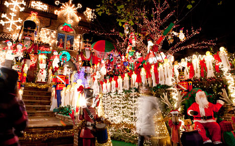 3_Christmas-Lights-Cannoli-Tour_V1_460x285