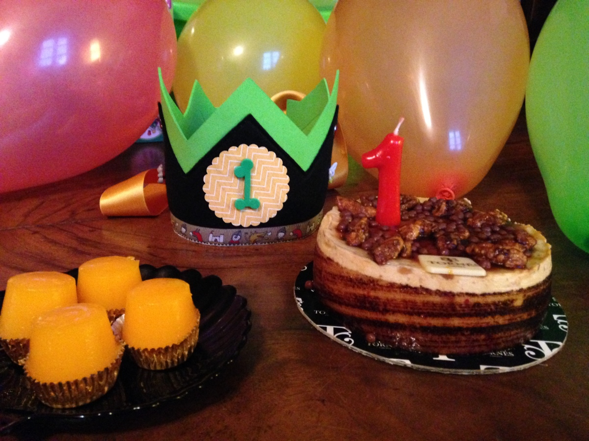 Tutorial exprés.... corona de cumpleaños o de carnaval!
